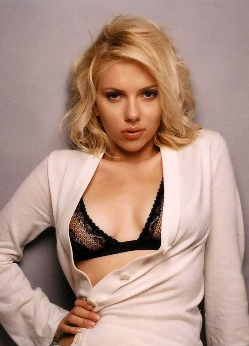 Johansson nipple scarlett Free The